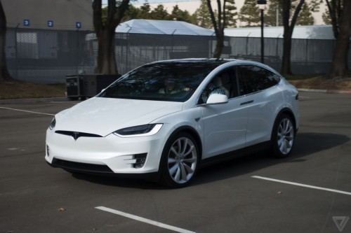 tesla-model-x-launch-007-2040.0-500x333