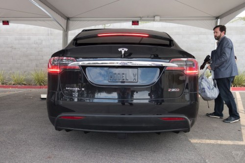 tesla-model-x-launch-011-2040.0-500x333