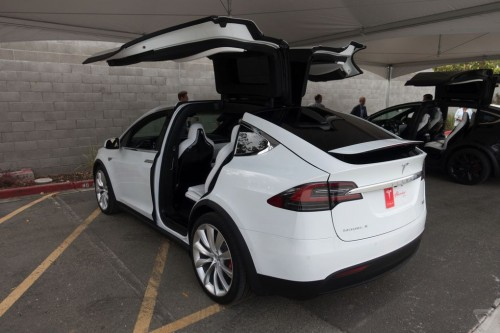 tesla-model-x-launch-018-2040.0-500x333